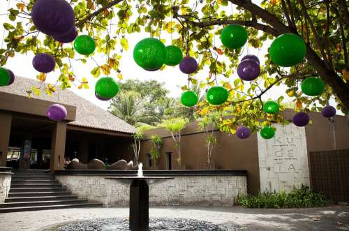 Bali Tree Balls Decoration Design Ornament
