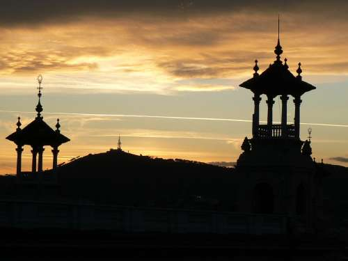 Barcelona Evening Silhouettes Houses Spain