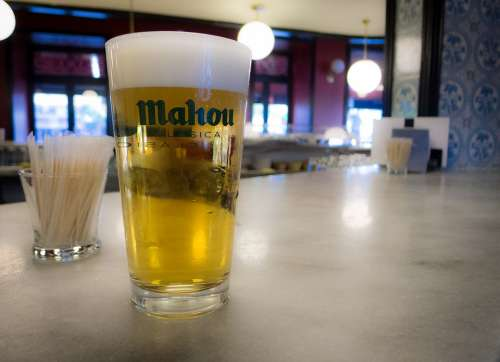 Beer Madrid White Cross Mahou Bar
