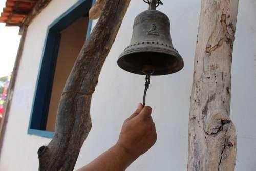 Bell Hand Annunciation