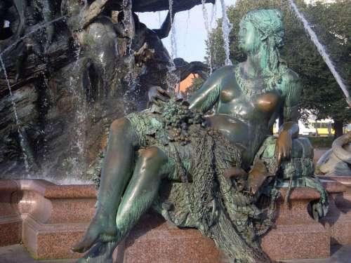Berlin City Fountain Alexanderplatz