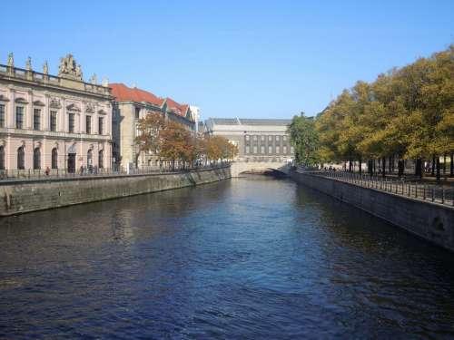 Berlin Spree River Palace Bridge
