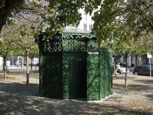 Berlin Gendarmenmarkt Klo Cottage Public Toilet