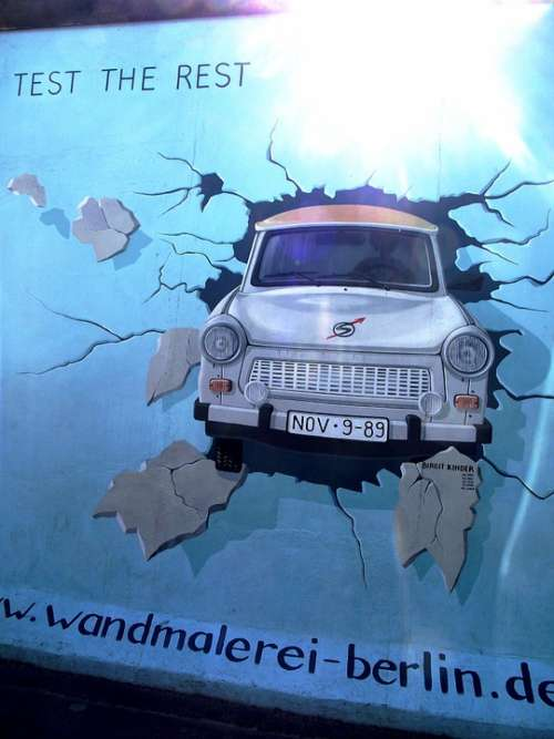 Berlin Wall Berlin Graffiti Street-Art Street Art