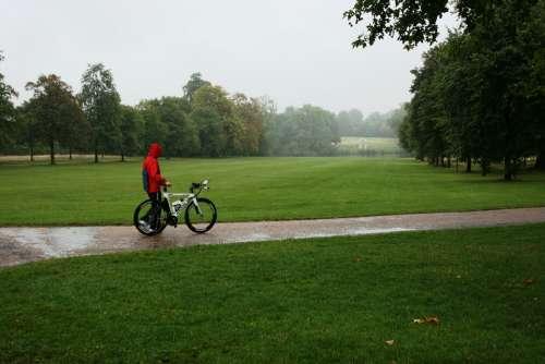 Bike Rain Park Kensington Gardens Loneliness Walk