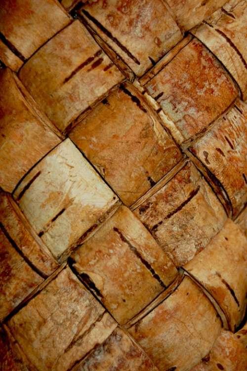 Birch Bark Texture Light Plenёnka Basket Brown