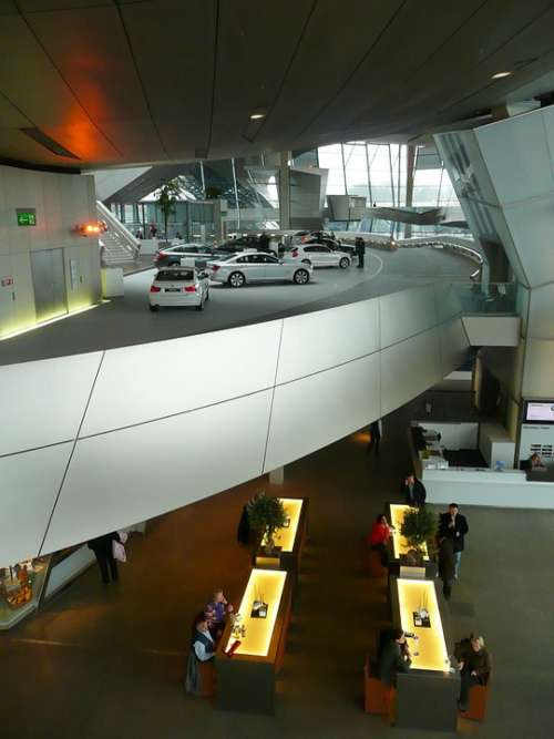 Bmw Museum Interior Hyper Modern Daring Architecture