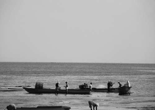 Boat Beach Fishing Boat Fishing Mar Fishermen