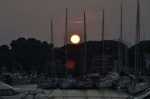 Boats Sun Pontoon Port