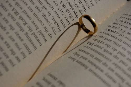Book Heart Shadow Ring Love Read Bookworm