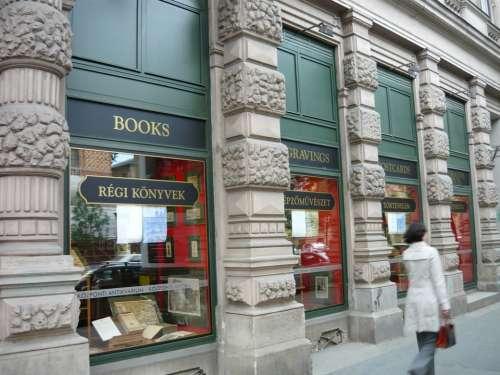 Bookstore Antiquariat Woman Showcase Urban Antique