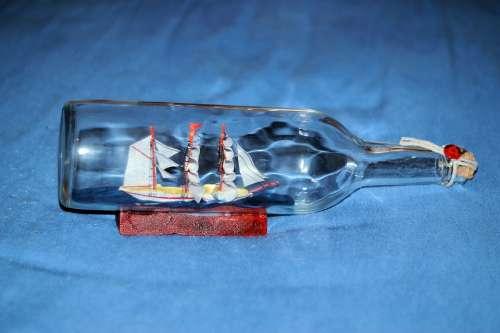 Bottle Ship Sailing Vessel Bottle Nostalgic Memory