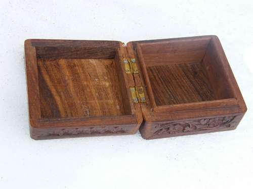 Box Brown Carved Casket Open Jewelry Box