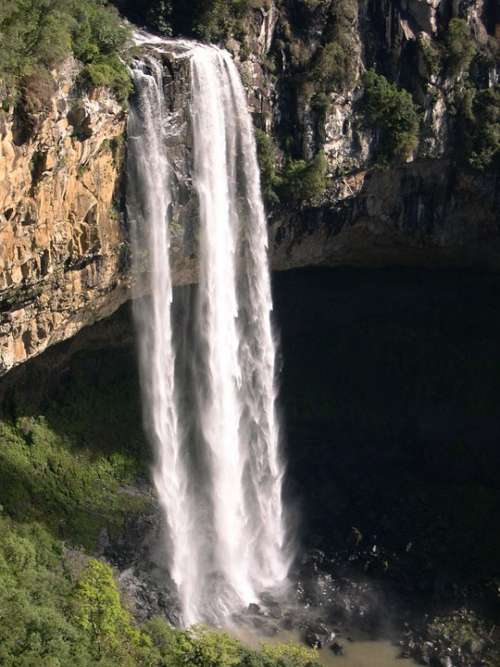 Brazil Caracol Falls 130M Waterfalls Landscapes