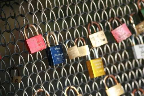 Bridge Castles Heart Love Romance Blue Red Web