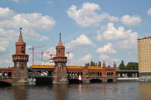 Bridge Oberbaumbrücke River Architecture City