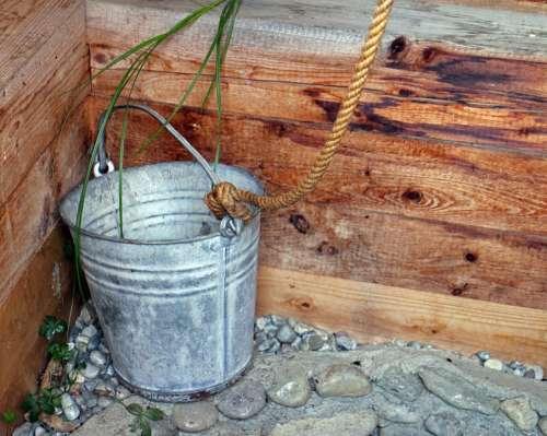 Bucket Fountain Bucket Metal Water Rope
