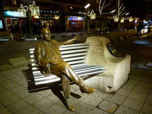 Budapest Kálmánimre Statue Park Metal Christmas