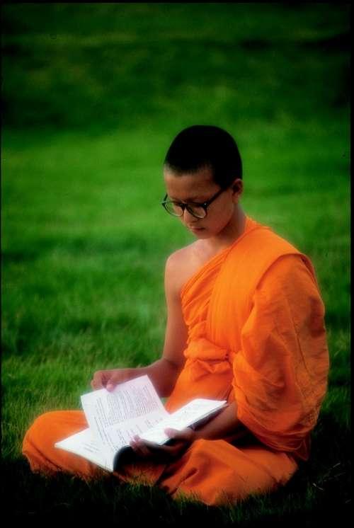 Buddhist Learn Wat Phra Dhammakaya Temple