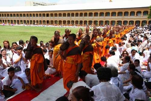 Buddhists Monks Monks Meditate Traditions Volunteer