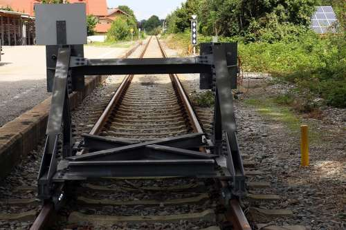 Buffer Stop Railroad Track Ground Rail End