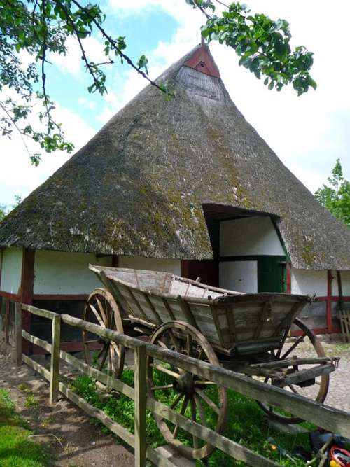 Building Barn Thatched Thatched Roof Country Fence