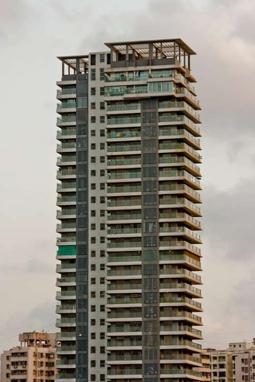 Building Tall Hotel Mumbai India