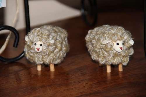 Cabinet Little Sheep Wool