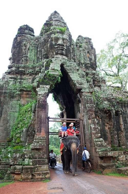 Cambodia Siem Reap Angkor Thom Bayon Temple Travel