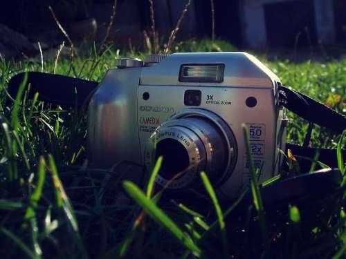 Camera Grass Green