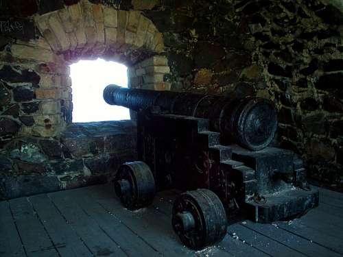 Cannon Old Wall Opening Suomenlinna Helsinki