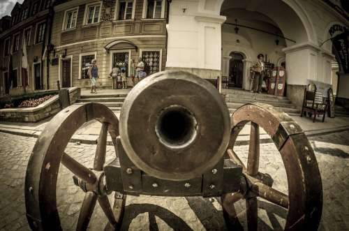 Cannon Has Happened Sandomierz Poland The Old Town