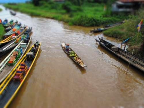 Canoe Burma Lake Barca Inle River