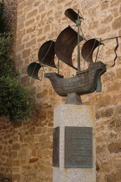 Caravel Sculpture Broken Cadiz