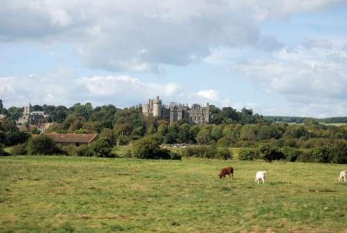 Castle Tower Historical Arundal Landmark Scenic