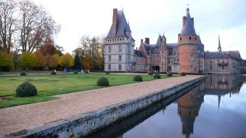 Castle France Calm