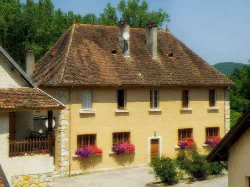 Chanaz France Village Buildings Houses Flowers