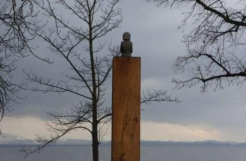 Chiemsee Sculpture Bavaria Sit Look Silent Rest