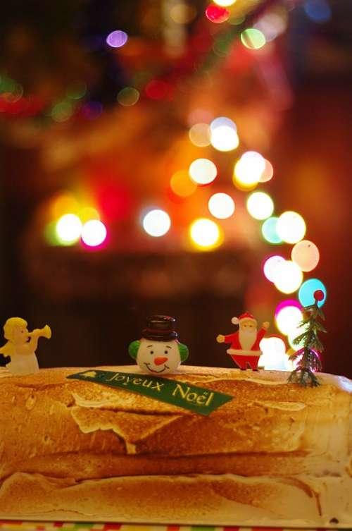 Christmas Cake Bokeh Figurines Santa Decorated
