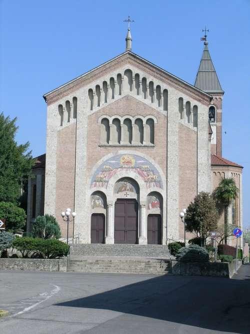 Church Porto D'Adda Cornate D'Adda Adda
