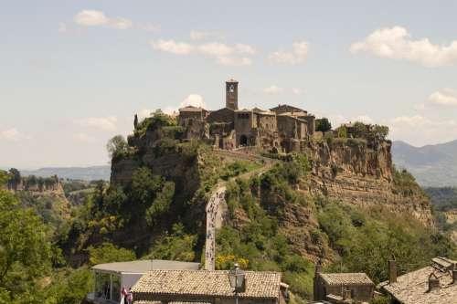 Civita Bagnoregio Hills