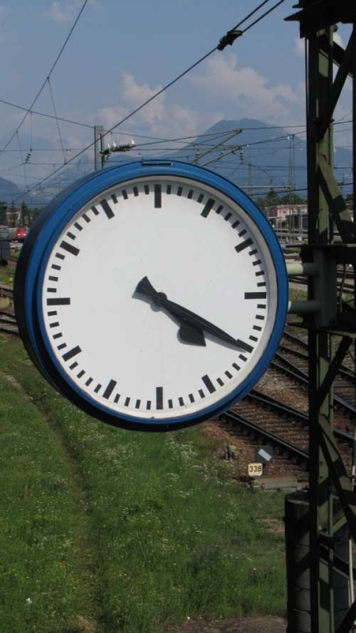 Clock Time Indicating Railway Station Station Clock