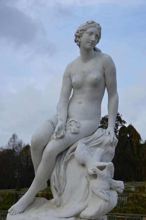 Closed Sanssouci Statue Sculpture Art Woman Figure