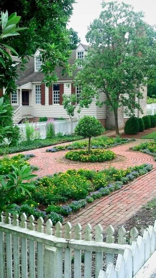 Colonial Garden Walkway Home House Gardening
