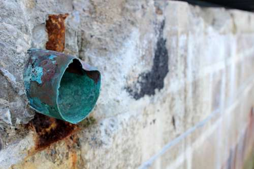Copper Green Wall Stone Pipe Drain