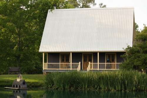 Cottage House Cabin Lake Waterfront Tranquil