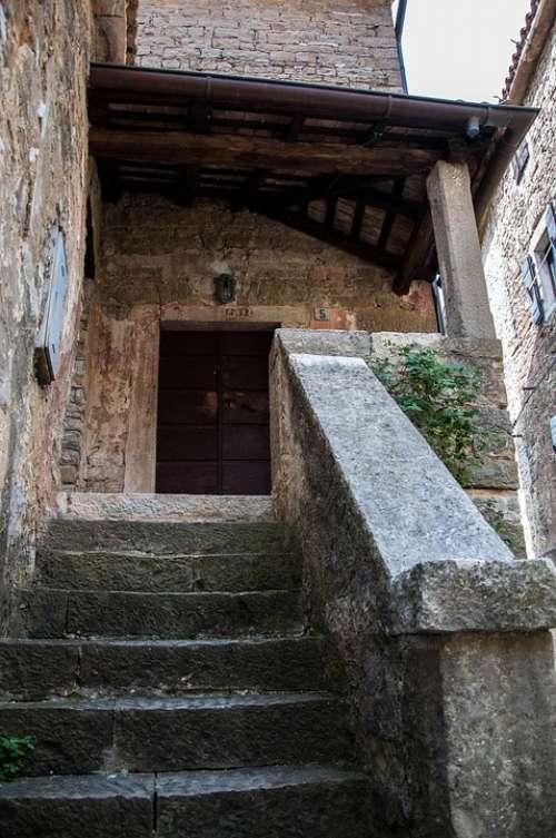 Croatia Istria Borgo Glimpse Door