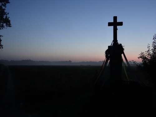 Cross Dawn The Silhouette