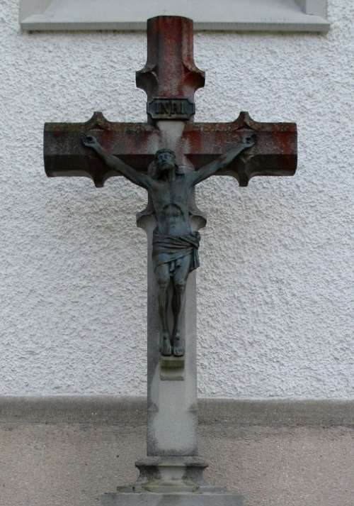 Crucifix Cross Christian Churchyard Mammern