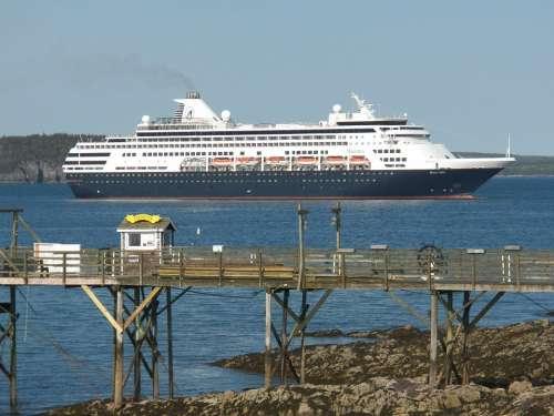 Cruise Ship Cruise Ship Ships Tourists Tour Tours